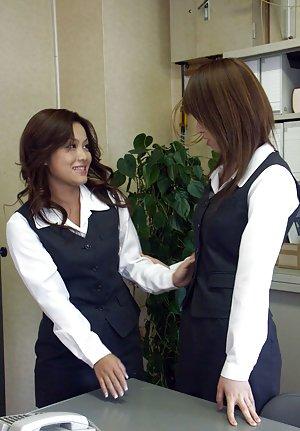 Asian Lesbians Pictures